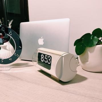 Wow Clock e Cifra 3 Solari